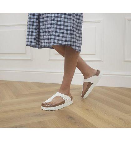 BIRKENSTOCK Papillio Gizeh Platform Sandals WHITE VEGAN